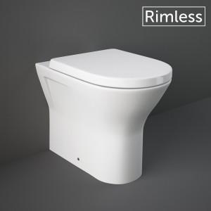 WC a Pavimento Filomuro Bianco Modello Resort Rimless di Rak Ceramiche