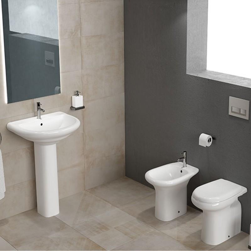 Set di sanitari completi di lavabo serie Orient con sedile incluso